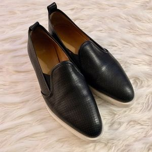 Everyone Perforated Black The Leather Street Shoe